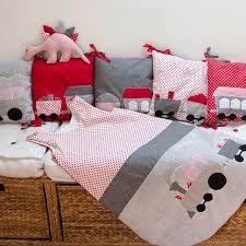 """Résultat de recherche d'images pour """"faire un tour de lit bebe train"""""""