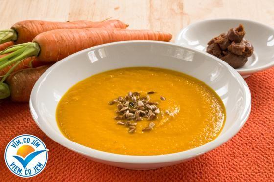 Mrkvová miso polévka