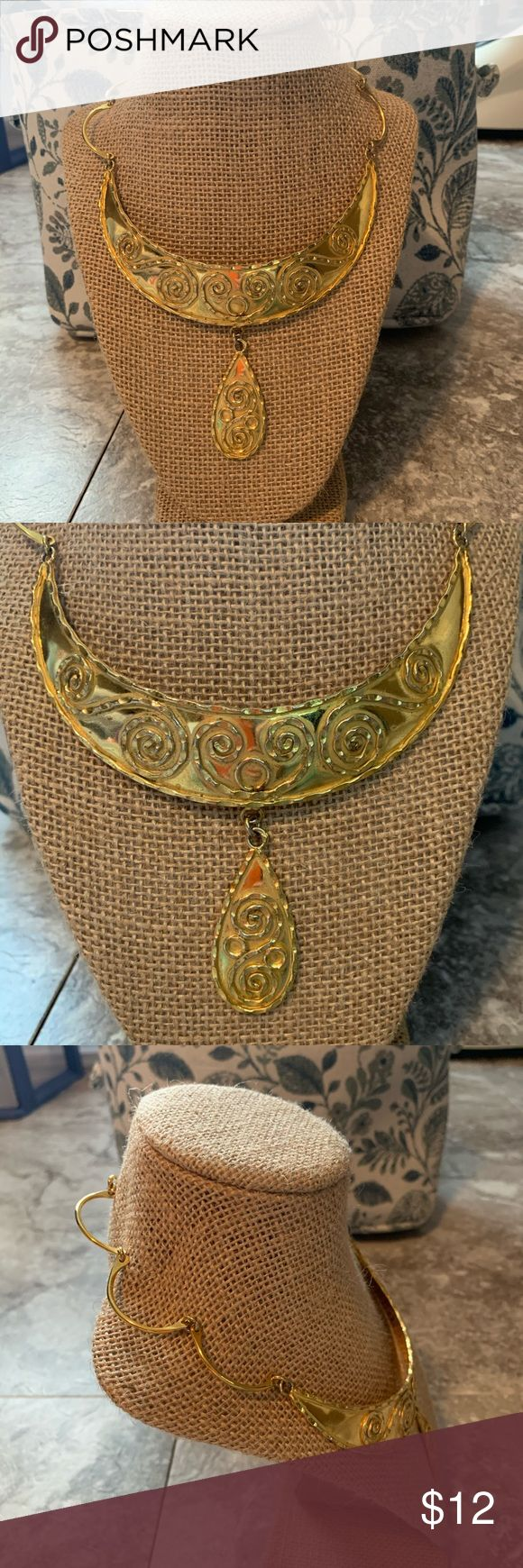 Gold Choker Costume Necklace Gold choker necklace.  Has a little bit of an antiqued lavatory…
