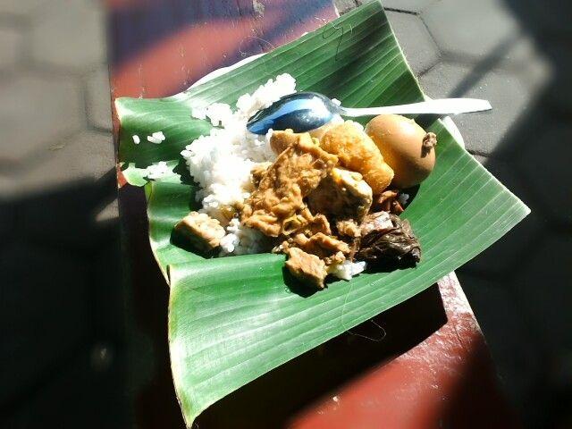 Temanggung, Jawa Tengah. Sensasi wisata kuliner endak pernah ada habisnya karena yang sederhana mempunyai khas tersendiri.   Temanggung Always