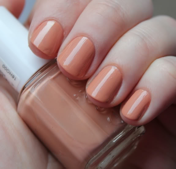 23 best my essies images on Pinterest | Nail polish, Belle nails and ...