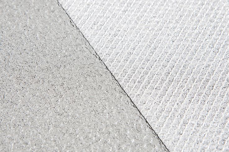 These thinporous sound absorbing sheets are made of pure sintered aluminium. Washable, water- and chlorineproof, fireproof, and recyclable. It can easily be shaped and is convenient for both indoor and outdoor applications, in swimming pools and on noise barriers. It is mounted without joints resulting in a continuous, optically closed ceiling.
