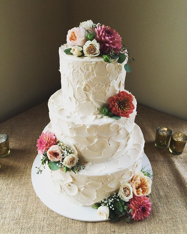 wedding cakes seaside oregon 17 best images about bloom cake flowers on 25445