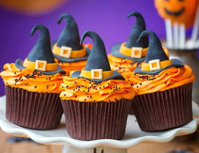 Let's make witch's hats for the Halloween party! Hooray!