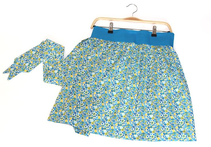 Womens half apron, holiday apron, women's half apron, floral print aprons, flower apron, half apron for sale, aprons for women, aprons by KittyandSpunky on Etsy