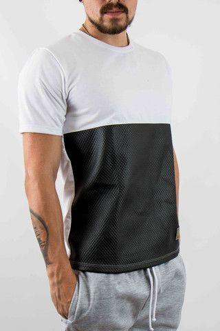 ¿Qué os parece esta camiseta? Tanto para hacer deporte como para vestir al día a día.