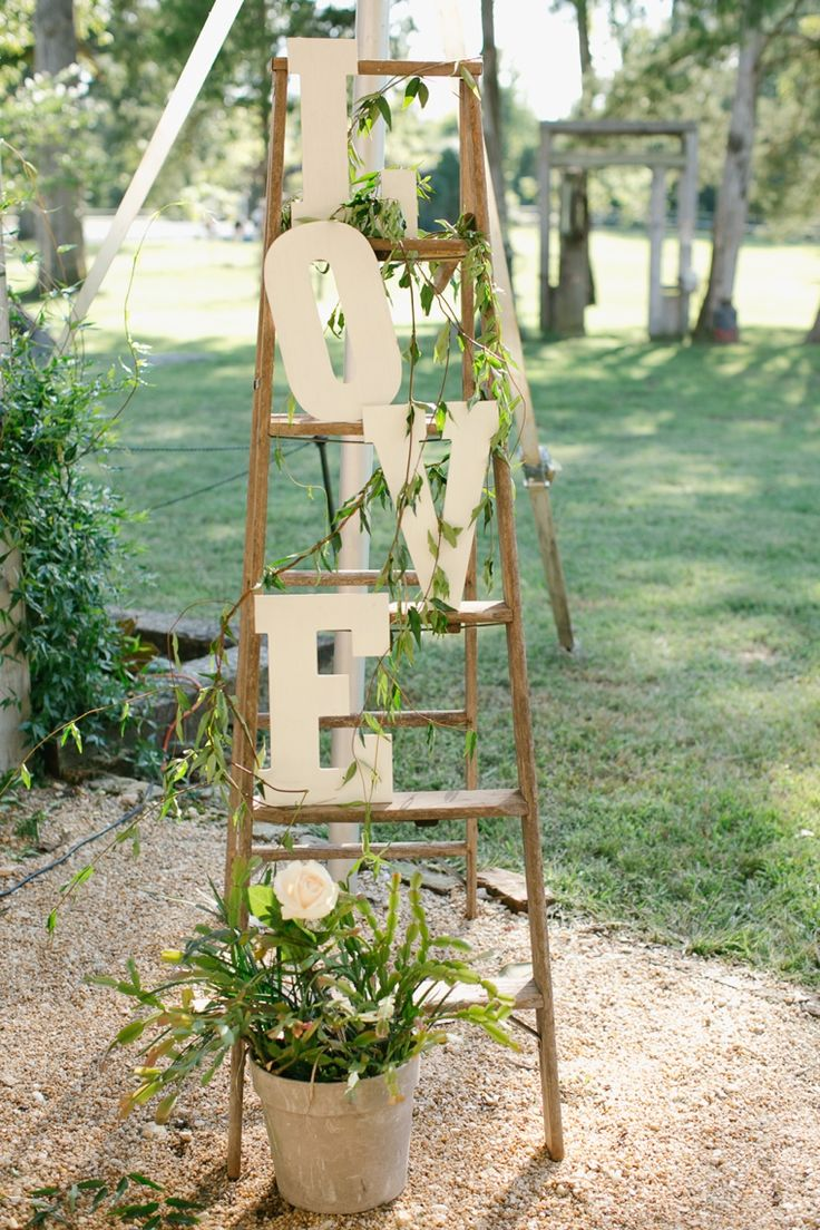 Rustic Elegant Navy and Peach Wedding_0040