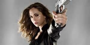 Eliza Dushku stars in Banshee (January 2016) Season 4 as Veronica Dawson, a sexy but shockingly reckless FBI profiler with no shortage of personal demons.
