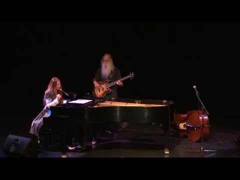 Judith Owen - About Love (Live) ft. Leland Sklar - YouTube