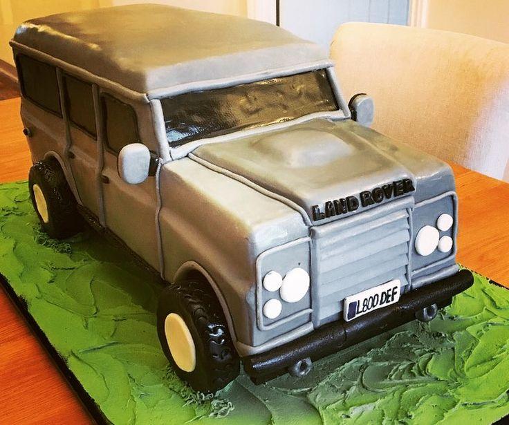 Land Rover cake #landrover #cake #landrovercake