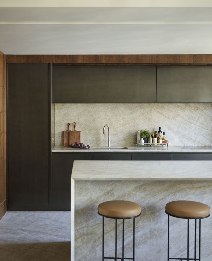 Designed by Vabel for the penthouse apartment of an impressive Georgian building in London, this bespoke kitchen by DesignSpace London is the utmost in luxury; in both materials and functionality designspacelondon.com
