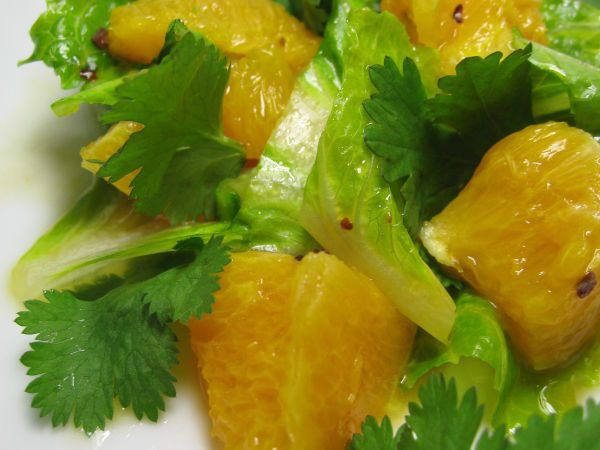 Orange salad : http://en.petitchef.com/recipes/starter/orange-salad-fid-1374445