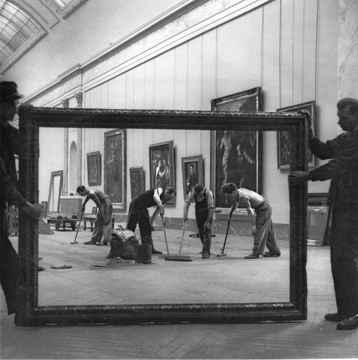 photo by Pierre Jahan / Redevelopment of the Grand Gallery of the Louvre Museum in 1947 after WWII