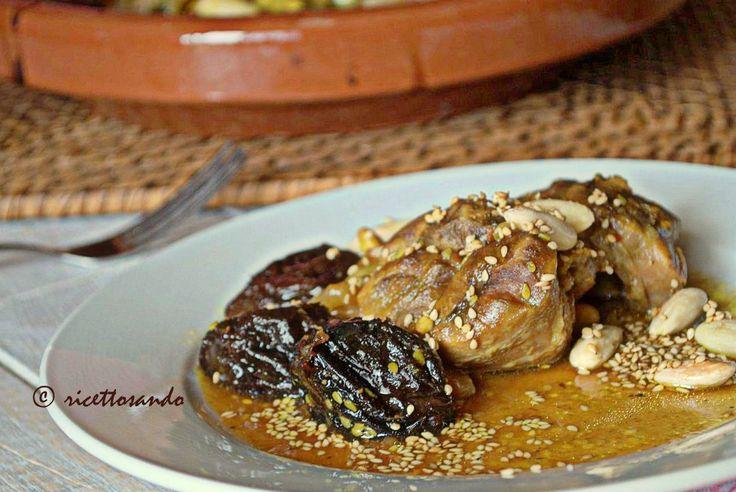 Tajine di manzo con prugne e mandorle #ricetta di @luisellablog