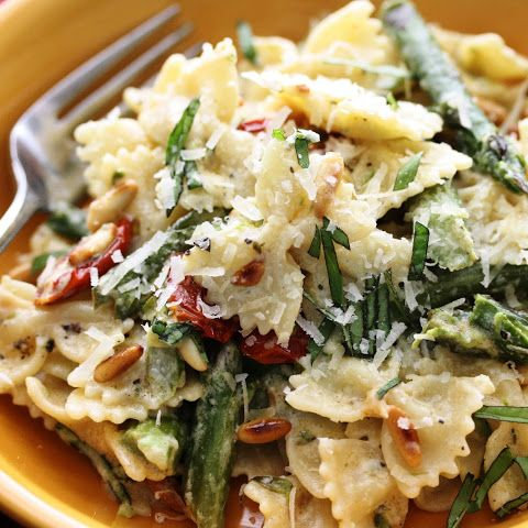 Bow Tie Pasta with Oven Roasted Tomatoes, Roasted Asparagus and Boursin Cheese