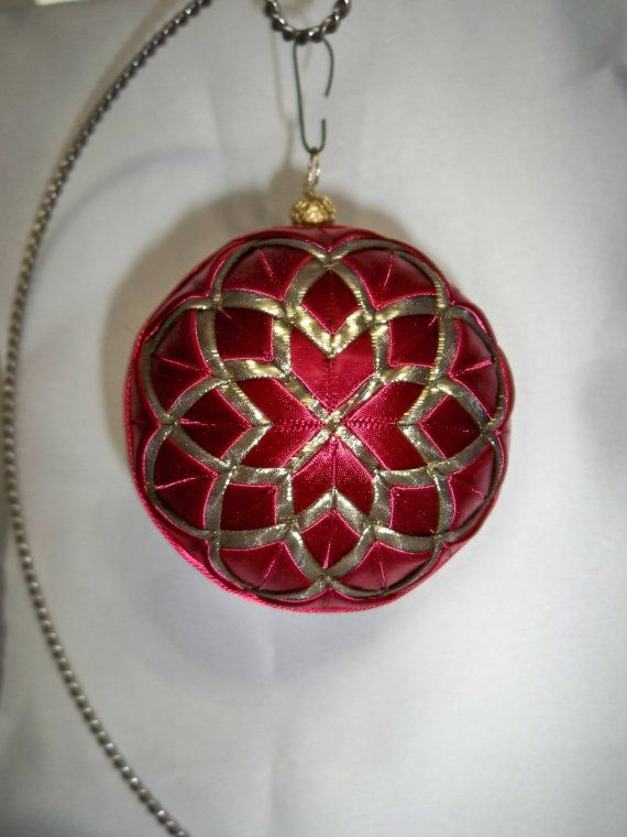 cathedral window ornament christmas diy quilted