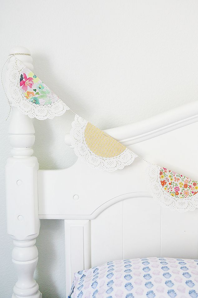 Pretty Spring Doily Banner | Home decor ideas for Spring and Easter