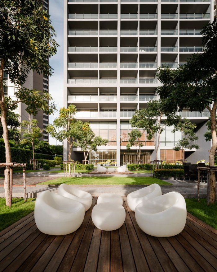 Zire pattaya pattaya street furniture and condominium for Outdoor furniture pattaya