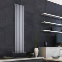 Vertical designer radiator