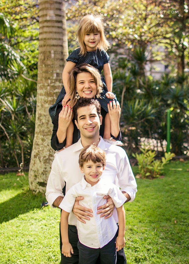 Oi gente! Começamos os posts da nossa temporada de ensaios no Rio de Janeiro.. Confiram agora o ensaio dessa família pra lá de divertida! Eles já estiveram por aqui antes, quem quiser conferir e re…