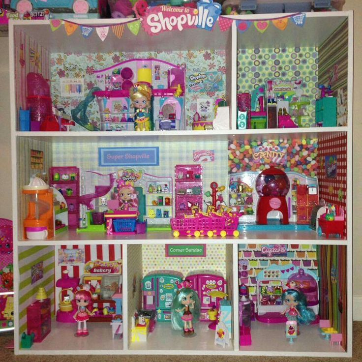 Cute! Shopkins display and playhouse.