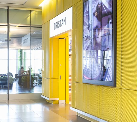 LEMAYMICHAUD   INTERIOR DESIGN   ARCHITECTURE   QUEBEC   Boutique Tristan   Retail   Airport