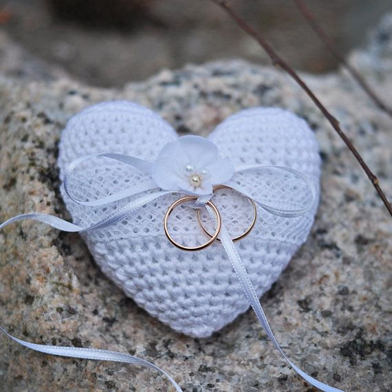 Wedding Ring Bearer Engagement Ring Cushion Crochet White Heart Pillow with Flower Keepsake Decor
