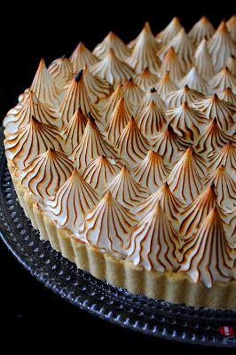 Kakkuviikarin vispailuja!: Sitruuna-marenkitorttu