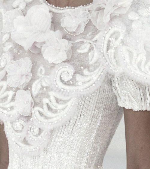 Chanel beautiful: Women Fashion, Wedding Dressses, Fashion Details, Clothing, White Details, White Lace, White Dresses, Haute Couture, Snow White