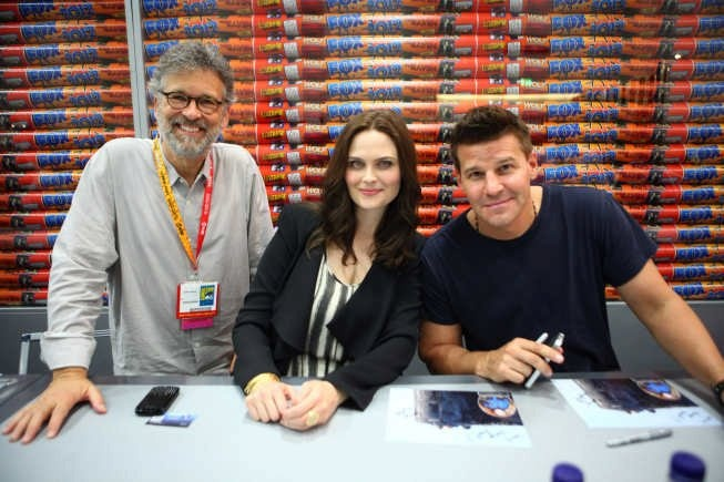 Bones Executive Producer Stephen Nathan and cast members Emily Deschanel and David Boreanaz at Comic-Con 2012.