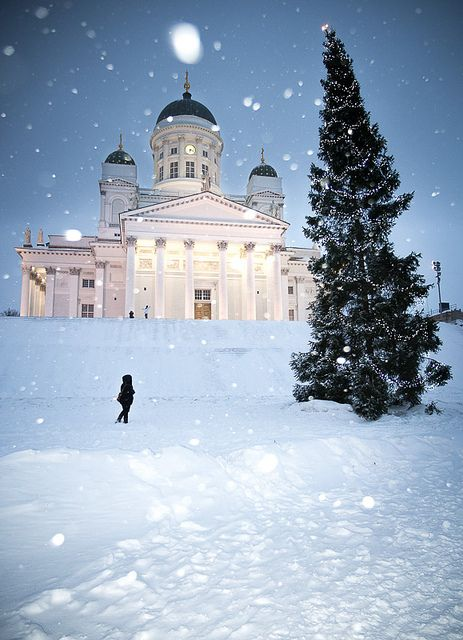Snowing on Christmas day, Helsinki cathedral, Finland