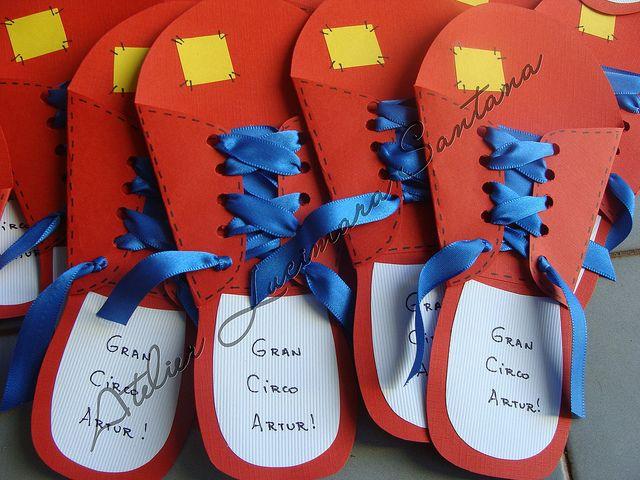 Convite de aniversário tema circo by Atelier Lucimara Santana by Atelier Lucimara Santana, via Flickr