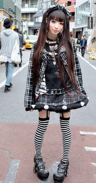 Japanese girls in heels — pic 8
