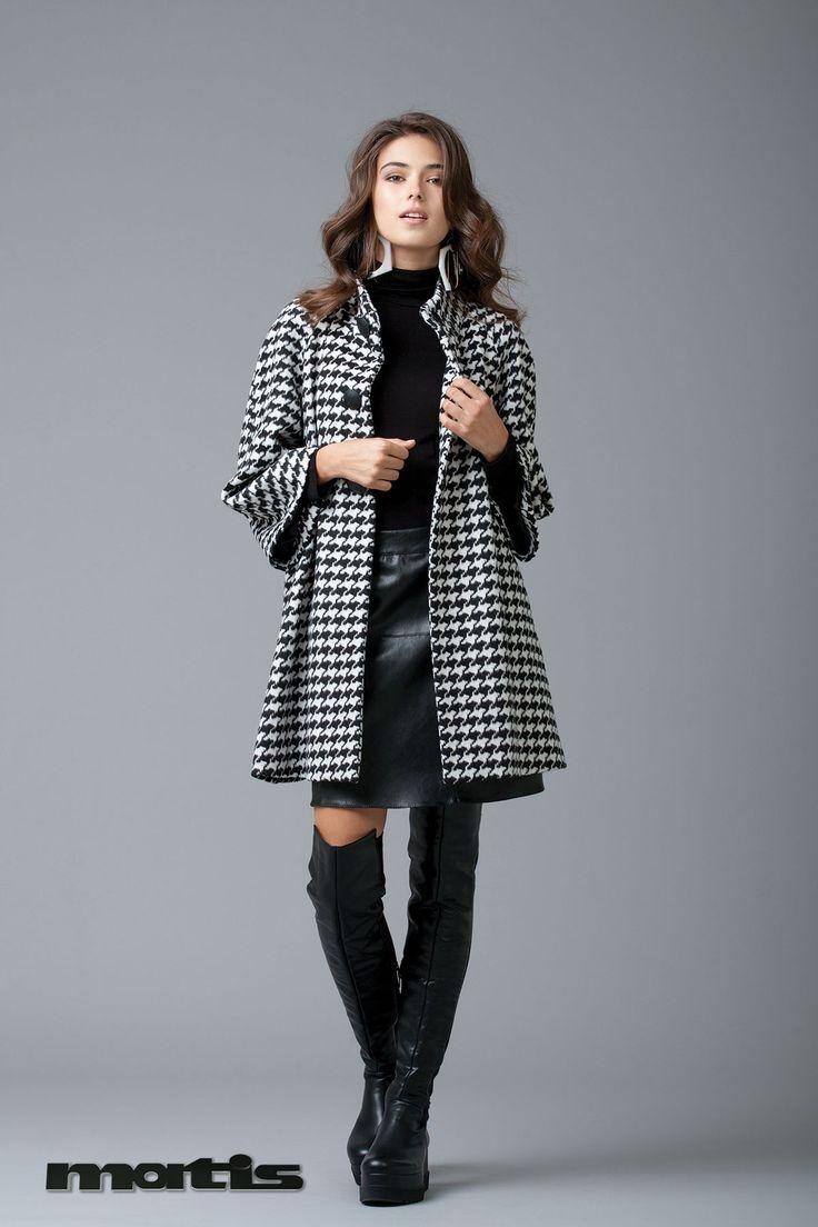 Black & white pie de pule  design suits perfectly your winter coat!
