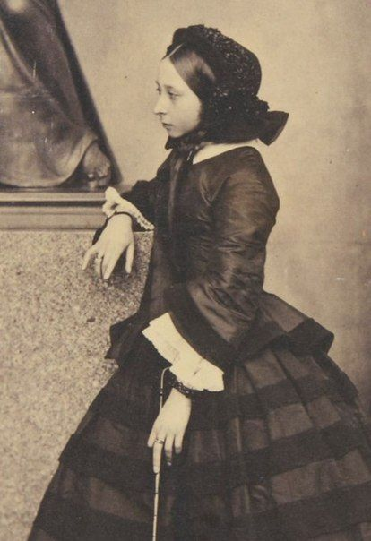 Princess Alice,,,She looks so much like her mother!!