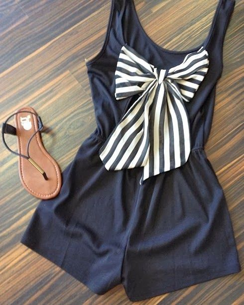 Adorable navy and white romper with striped bow. :: nautical love:: pin up fashion:: retro clothes :: vintage style: Shoes, Summer Fashion, Dreams Closet, Style, Bows Rompers, Dresses, Cute Shorts, Summer Outfits, Cute Rompers