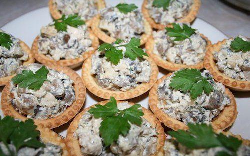 Салаты как начинка для тарталеток — отличное угощение для любого праздника | Застолье-онлайн