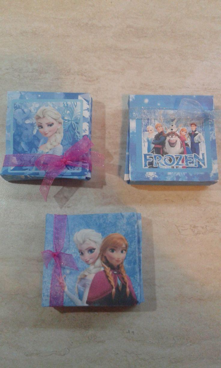Scatoline fai da te di Frozen. Ideale per party favors con ringraziamento personalizzato all'interno. di Dienneidee su Etsy