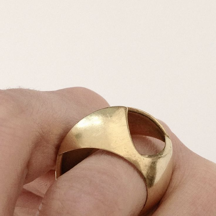 one off 18ct gold ring