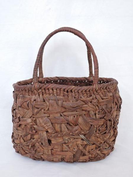 山ぶどう籠バッグ