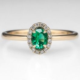 Gorgeously unique emerald engagement ring - follow @Velvet Crown Photography for more wedding inspiration