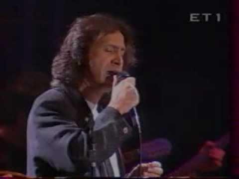 Γ. ΝΤΑΛΑΡΑΣ : ΤΟ ΣΑΚΑΚΙ ΜΟΥ ΚΙ ΑΝ ΣΤΑΖΕΙ (Live)