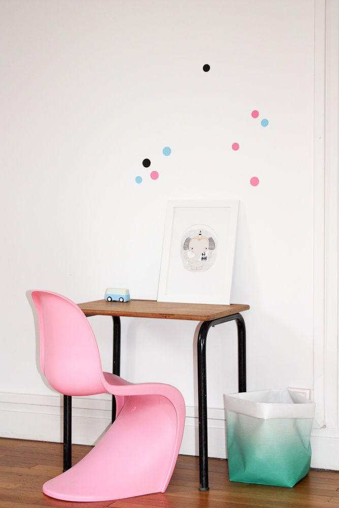 Elegant Adorable Kidu0027s Desk   Love The Mini Panton Chair With Retro Desk