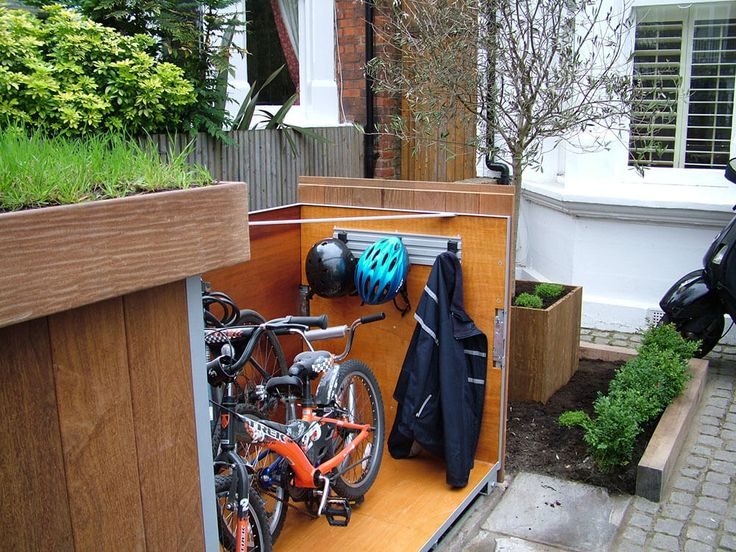 Upgrading Bike Storage Possibilities: Modern Outdoor Bike Garage -  http://freshome.