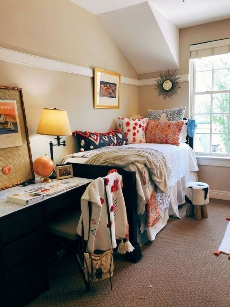 Awesome College Dorm Rooms: 82 Awesome College Bedroom Decor Ideas And Remodel 82