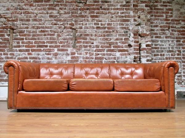 Los Angeles: Awesome Mid Century Leather CHESTERFIELD Sofa $750    Http://furnishlyst