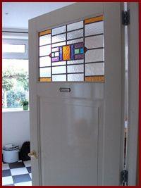 Tip: ook voor glas-in-lood kunt u bij http://www.gabriellekreatief.nl/wat-we-doen/glas-in-lood terecht.