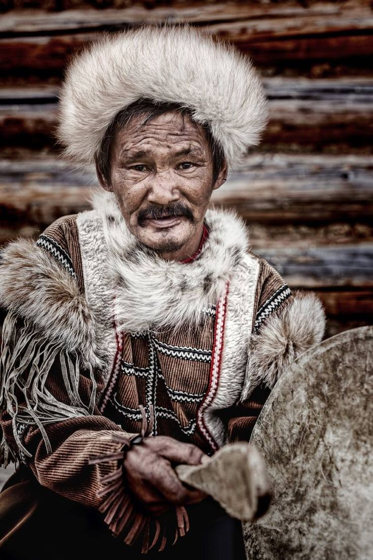 Tofa+lar are not a Mongolic but a Turkic people with Turkic language, together with that both Mongolic and Turkic peoples are Altaic peoples😊✌