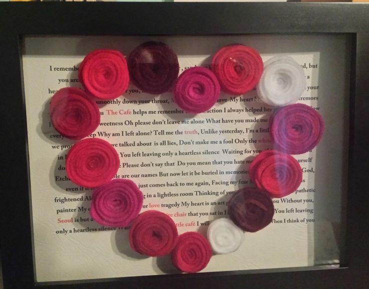Flower felt decoration, heart-shaped, applied on your favorite lyrics by NanaStudioByDani on Etsy