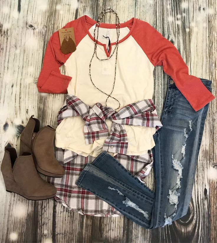 """55 Likes, 2 Comments - migi's boutique (@migisboutique) on Instagram: """"still looking for a cute + fun friendsgiving or thanksgiving lunch outfit?!? here's a top pick! 🧡🧡🧡…"""""""